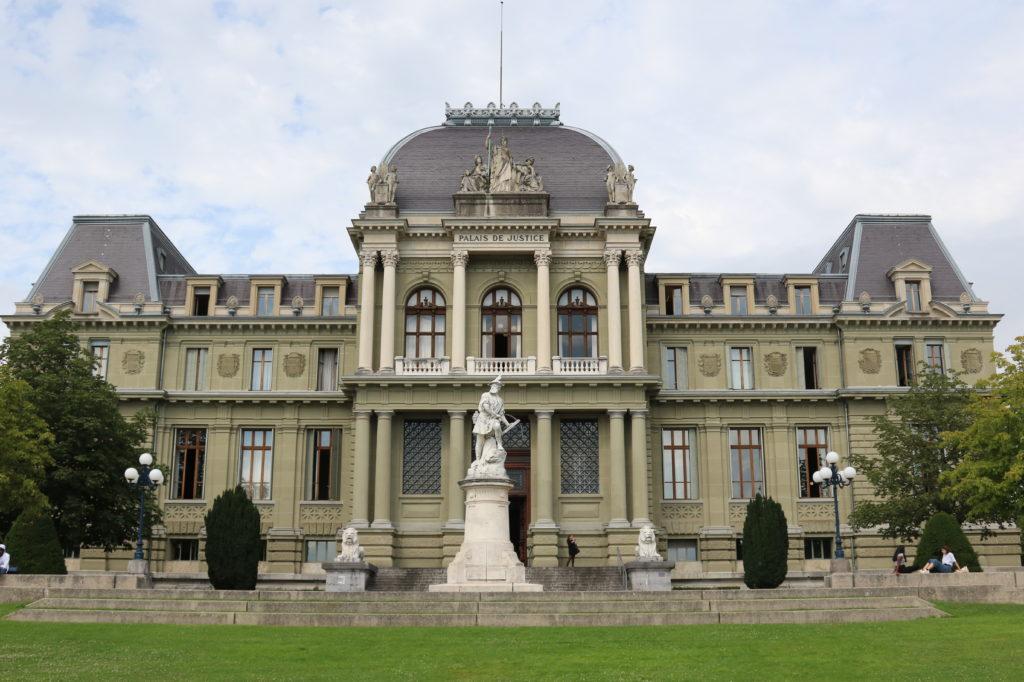 tribunal à Lausanne