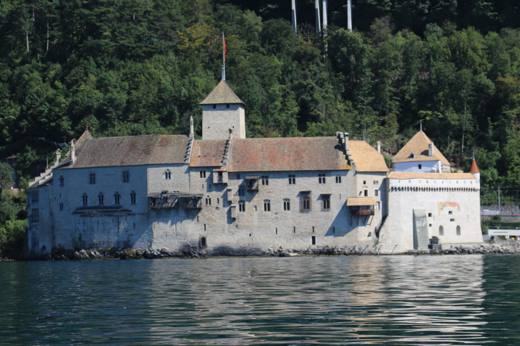 Les châteaux, ici Chillon, sont par essence des objets dont la valeur ne peut pas être déterminées par une méthode hédoniste ou économétrique.